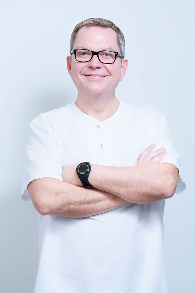 Dr. Ernesto Sau